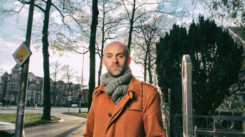 Posterverhaal Jaap Robben in maart te lezen in buitenlucht Arnhem en Tilburg, én in boekvorm